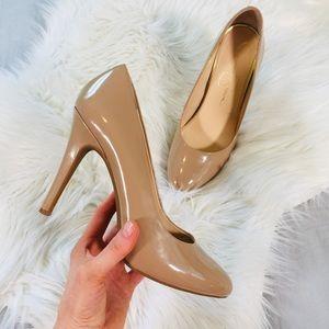Jessica Simpson Nude High Shine High Heels | 9.5